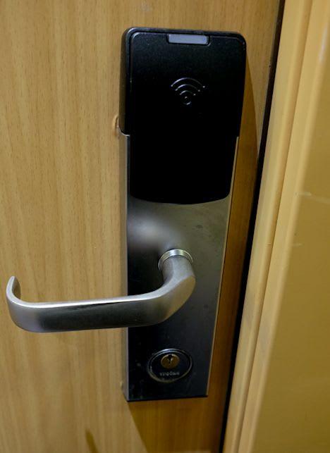 デジタル・キー・アクセス機能を持つRFIDロックへチェンジ