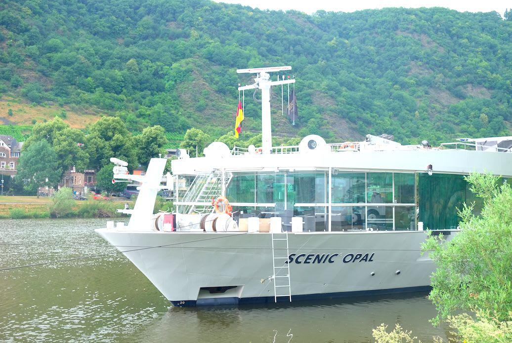 高級リバークルーズ客船「シーニック・オパール(SCENIC OPAL)」