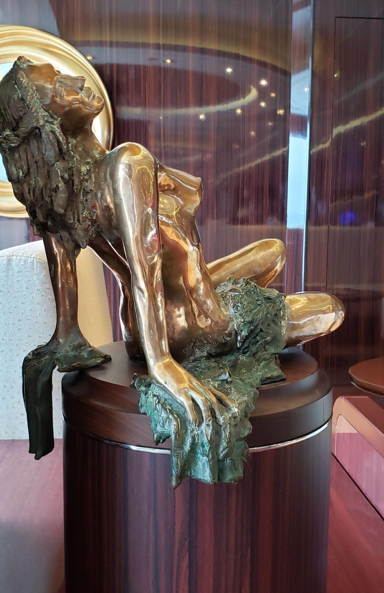 グランドバー・ピアッツァに並ぶ彫刻
