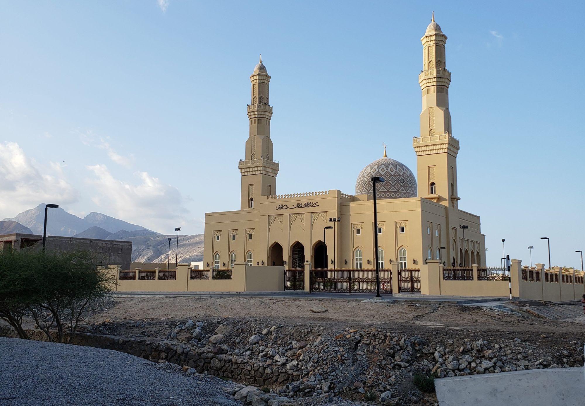 モスクは立派です