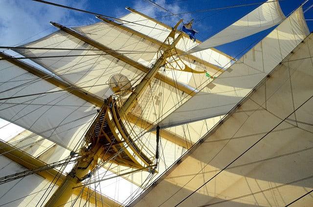 スター・クリッパーズ、新帆船の就航に遅れ