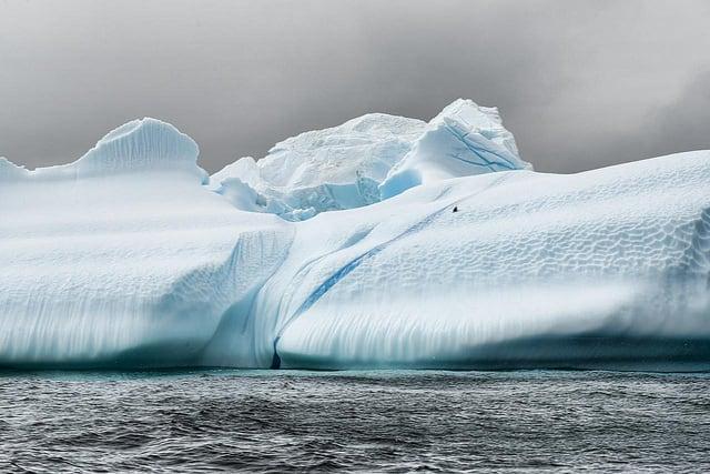 クリスタル、最新客船クリスタル・エンデバーの就航シーズンの航程を発表