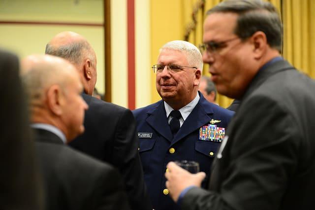 ホーランド・アメリカがパイロット救助でAMVERアワードを受賞