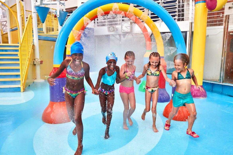 カーニバル、Cruise Hiveの読者投票で6部門がトップに