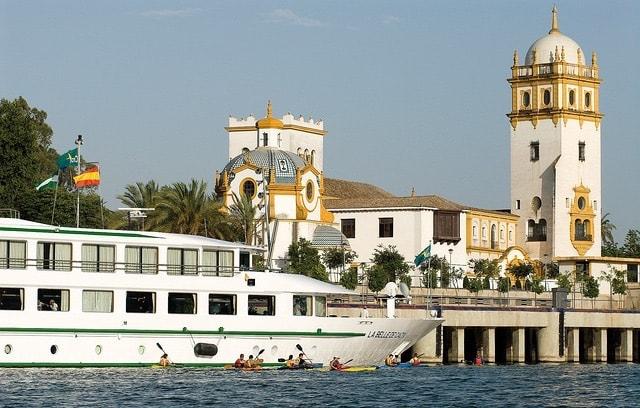 クロワジー・ヨーロッパ、新たな寄港地観光パッケージを発表