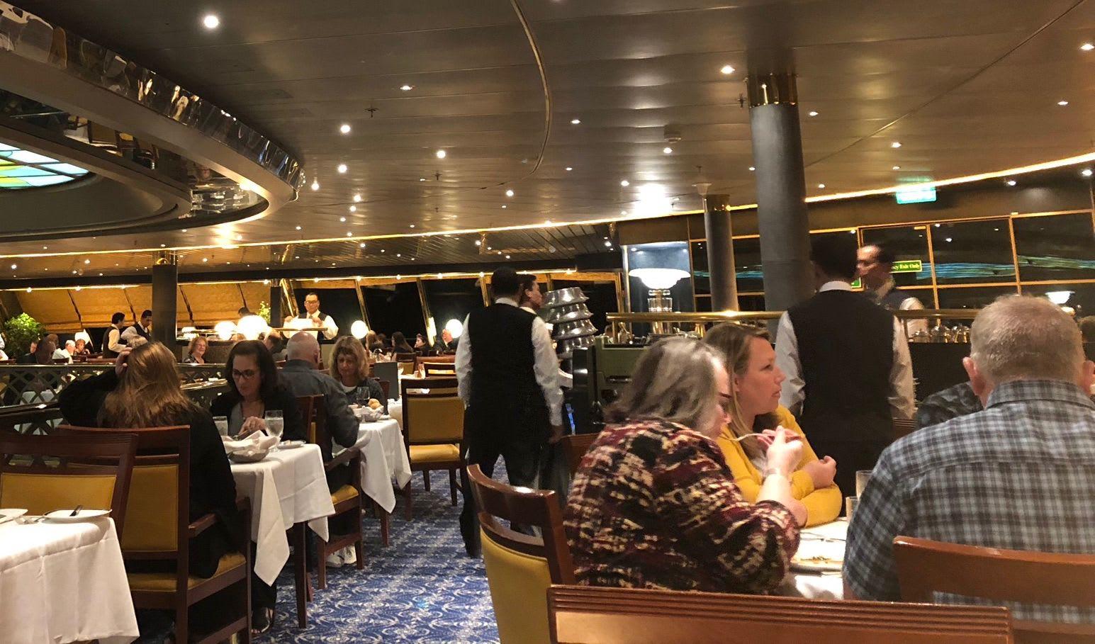 HALアムステルダムのガラディナー