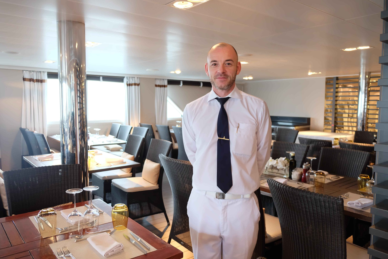 ポナンの客船ロストラル、大阪港で船内見学会を開催