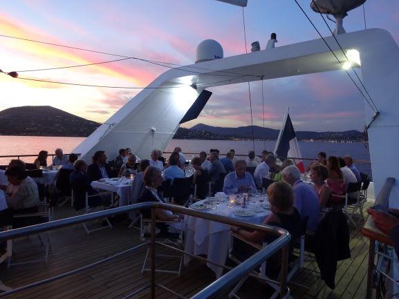 おひとりさま - カップル文化が根強いフランス船のおひとりさま事情