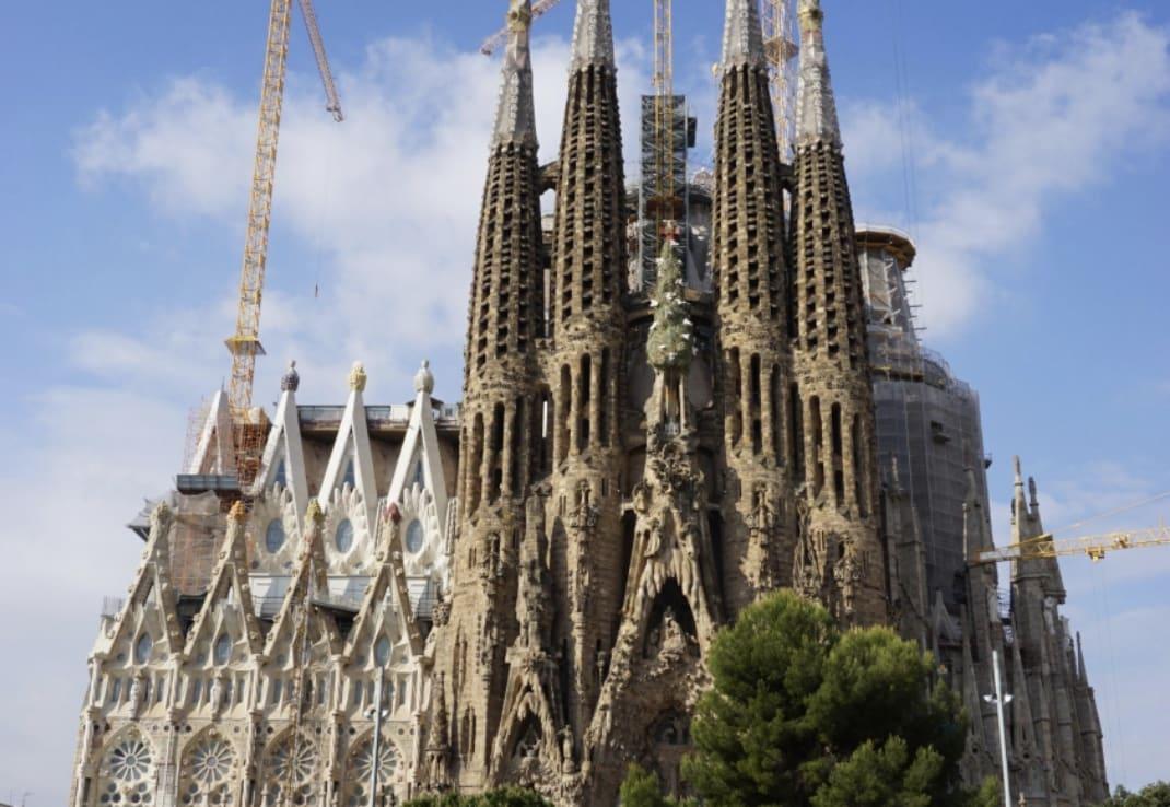 【地中海クルーズ&バルセロナ】ビジョン・オブ・ザ・シーズ バルセロナ1日観光 2日目:前半