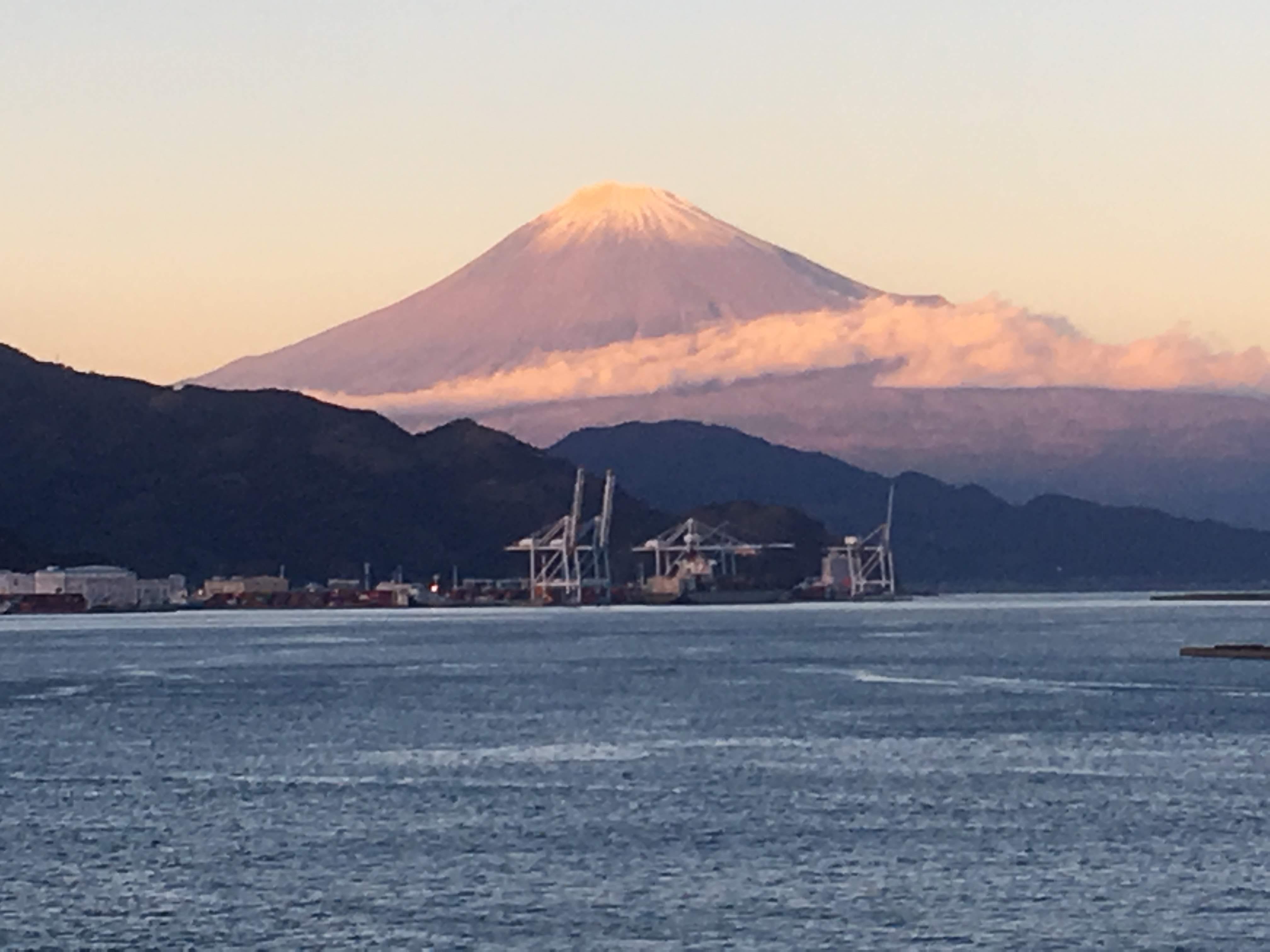 横浜発シンガポール行き乗船記(12月8日)