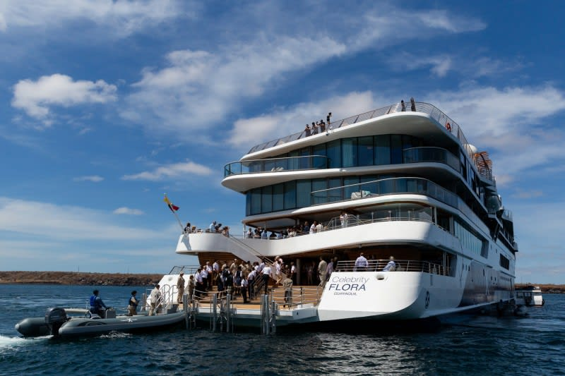 ガラパゴス専用客船セレブリティ・フローラ、最新動画を公開