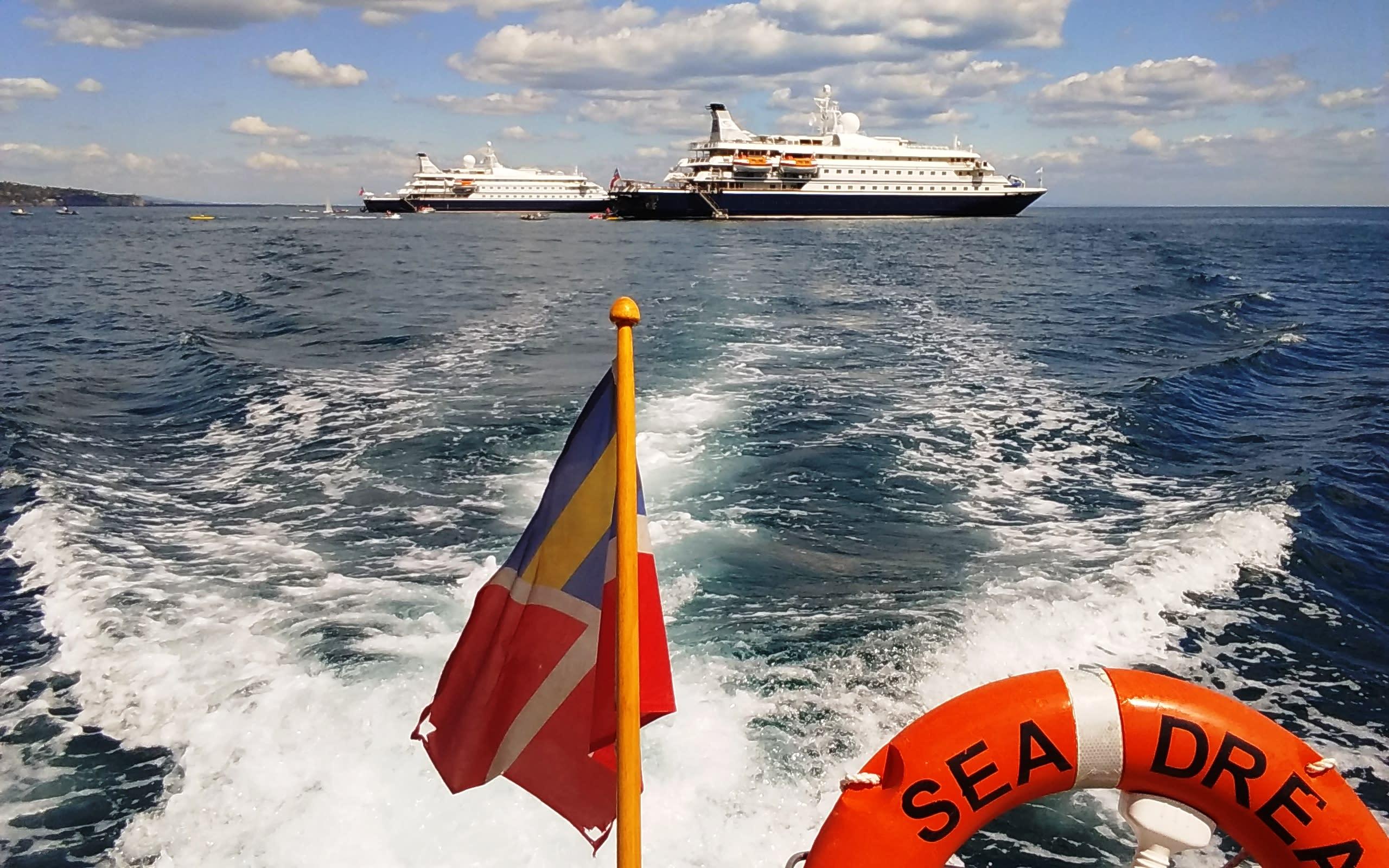 ツアーステーション、客船シードリームの帰国報告・新商品発表会開催