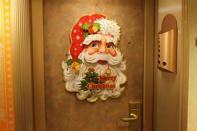 カーニバルのクリスマス装飾の開始スケジュール