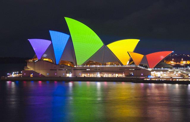 アザマラ・ジャーニーがシドニーに初寄港