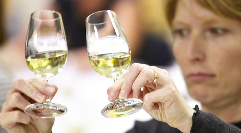 キュナード、クイーン・メリー2などでWSETワイン認定コースを開催