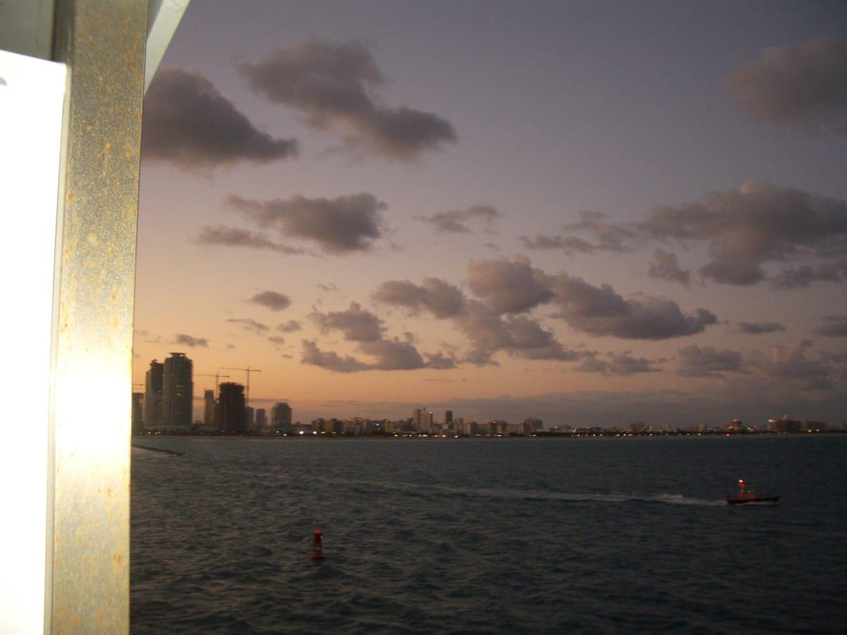 出港 マイアミ | マイアミ(フロリダ州)