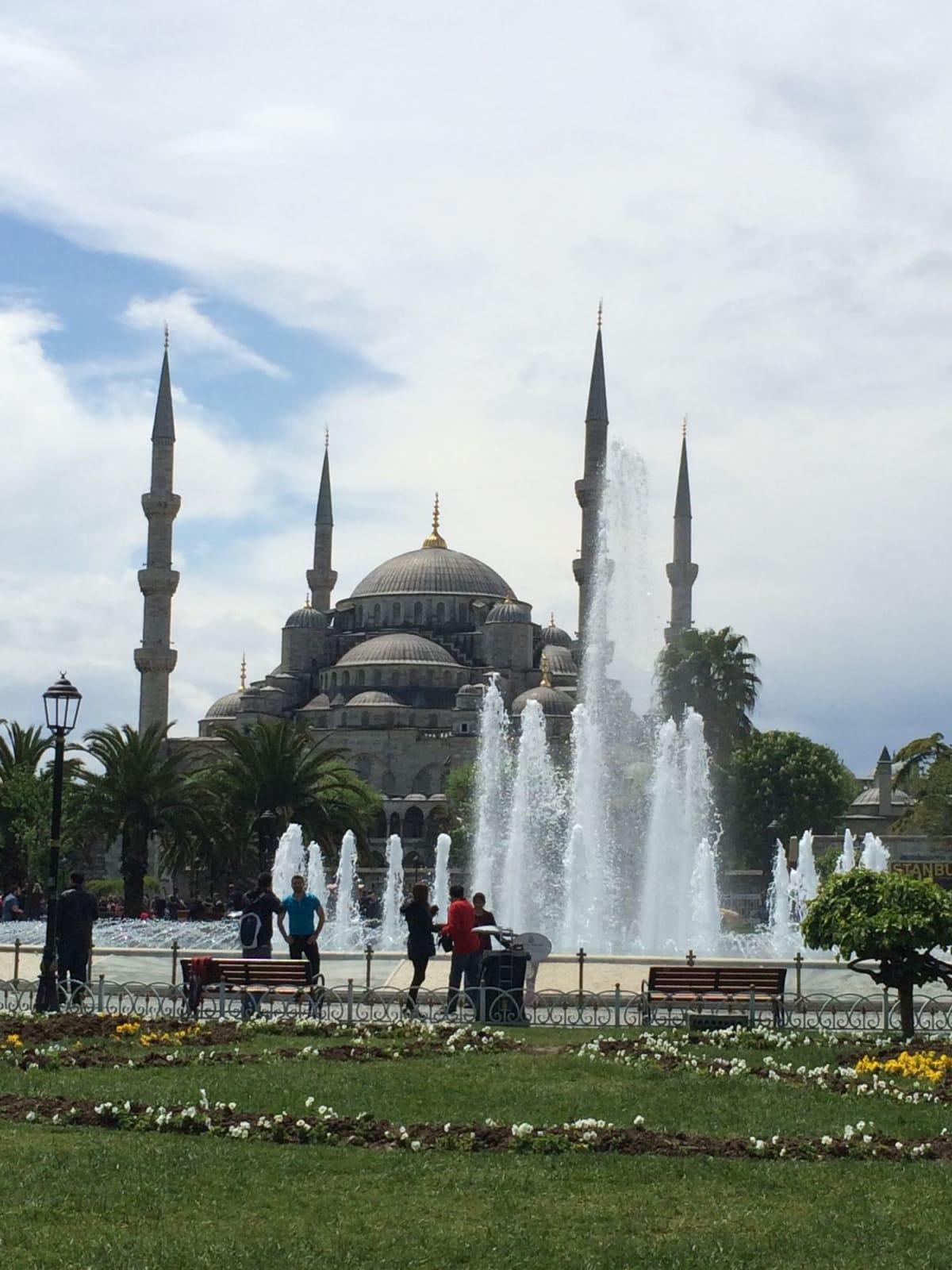 イスタンブールのブルーモスク | イスタンブール
