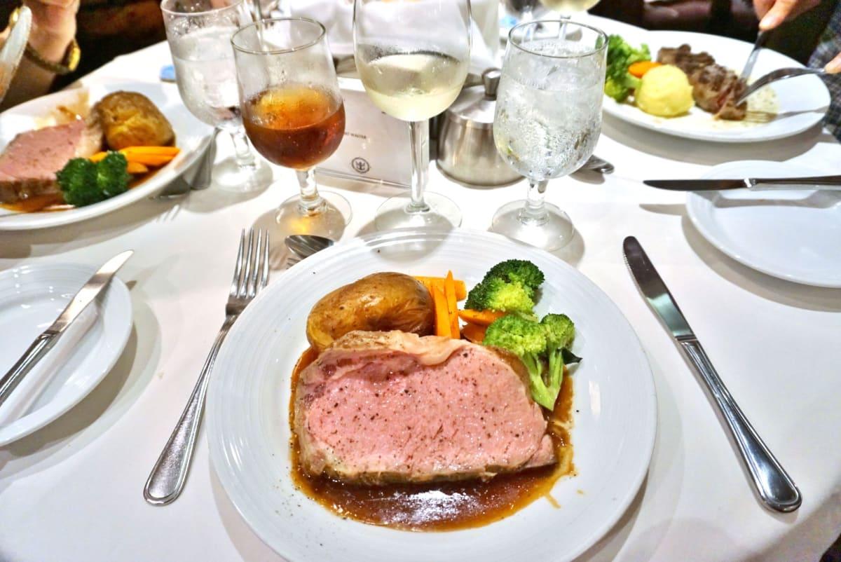 MDRの料理がとにかく美味しい!サービスも良く文句なし。 | 客船ラプソディ・オブ・ザ・シーズのダイニング、フード&ドリンク