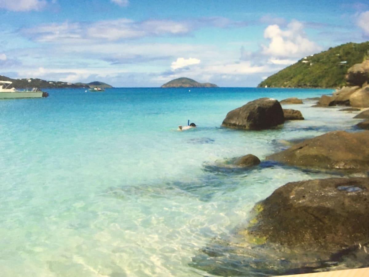 セントトーマスのビーチ | シャーロット・アマリー(セント・トーマス島)