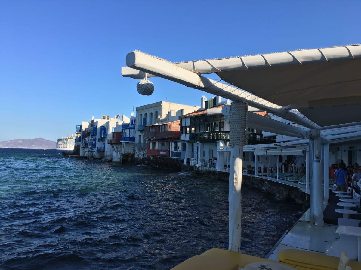 リトルベニス。早朝なので人はあまりいません。 | ミコノス島