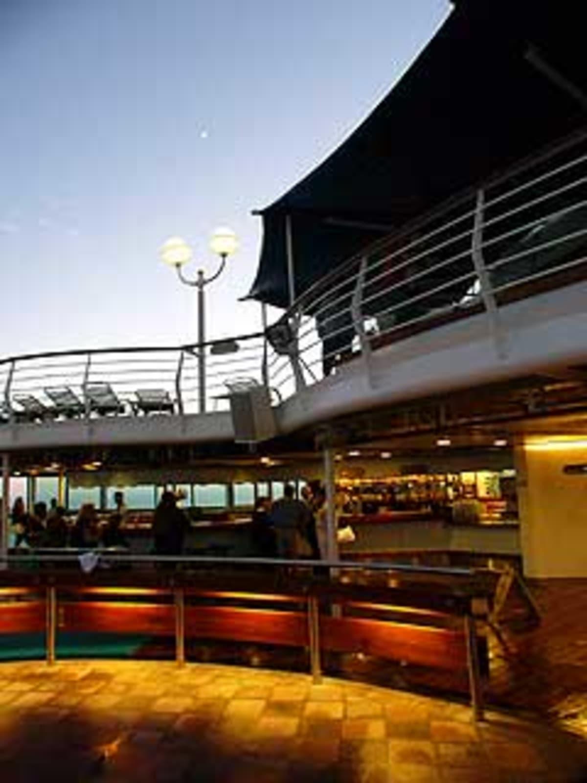 客船モナーク・オブ・ザ・シーズの船内施設
