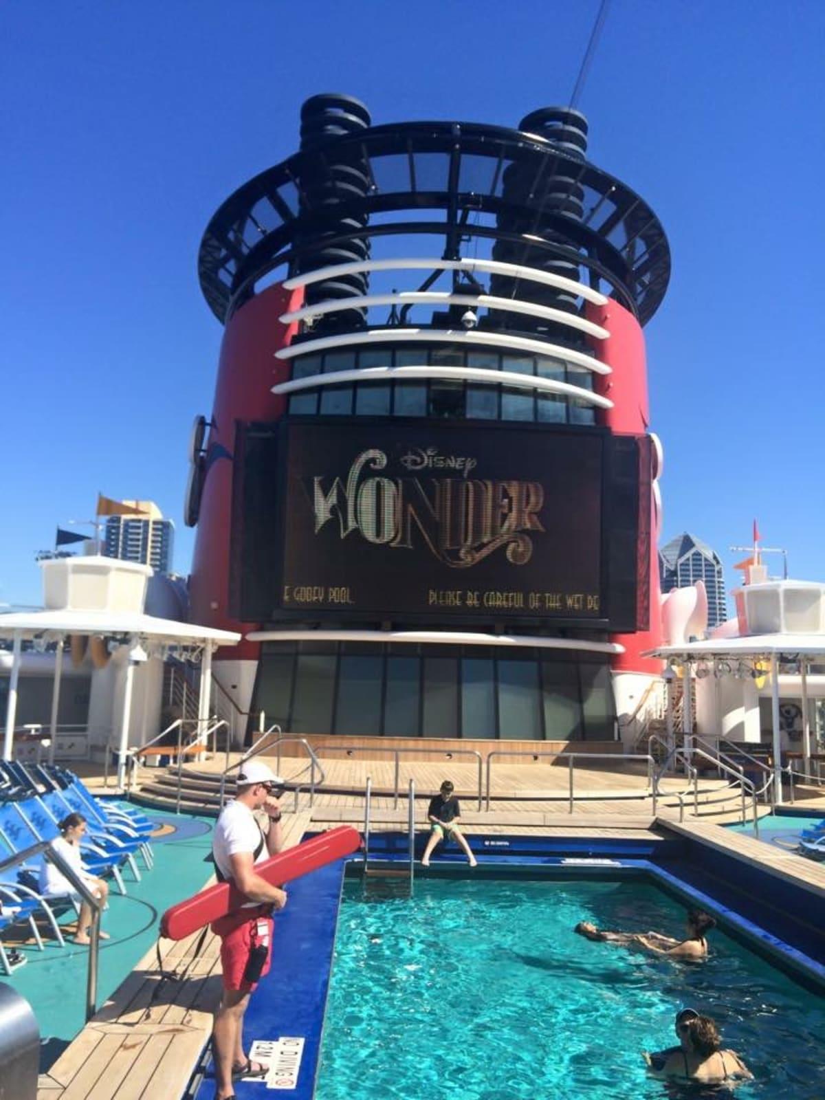 客船ディズニー・ワンダーの船内施設