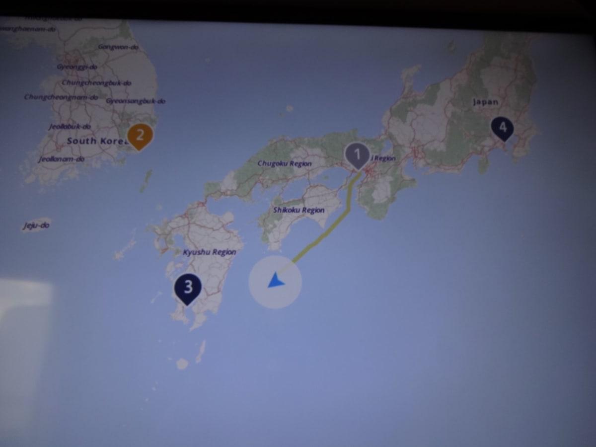 部屋のテレビで、船の現在地を知る事ができます。 | 客船ダイヤモンド・プリンセスの客室