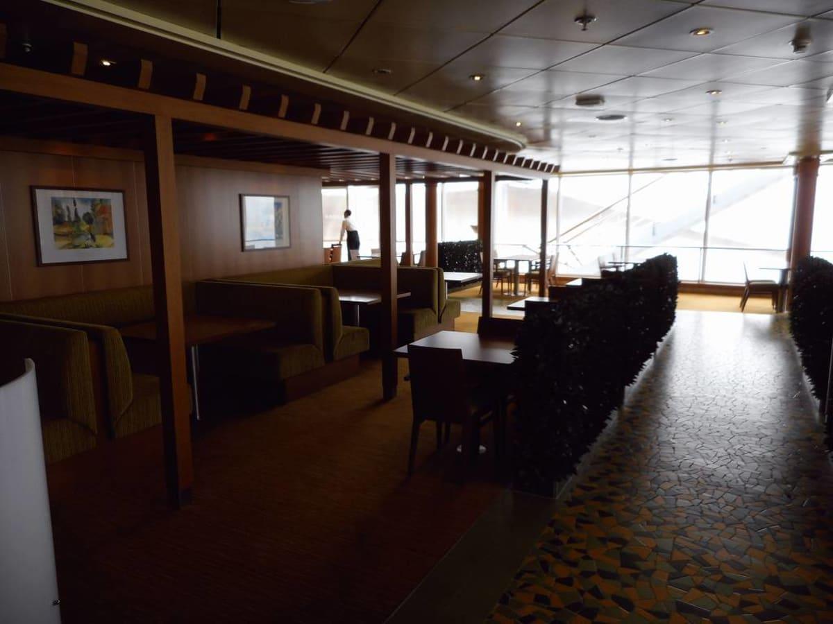 客船コスタ・ビクトリアの船内施設
