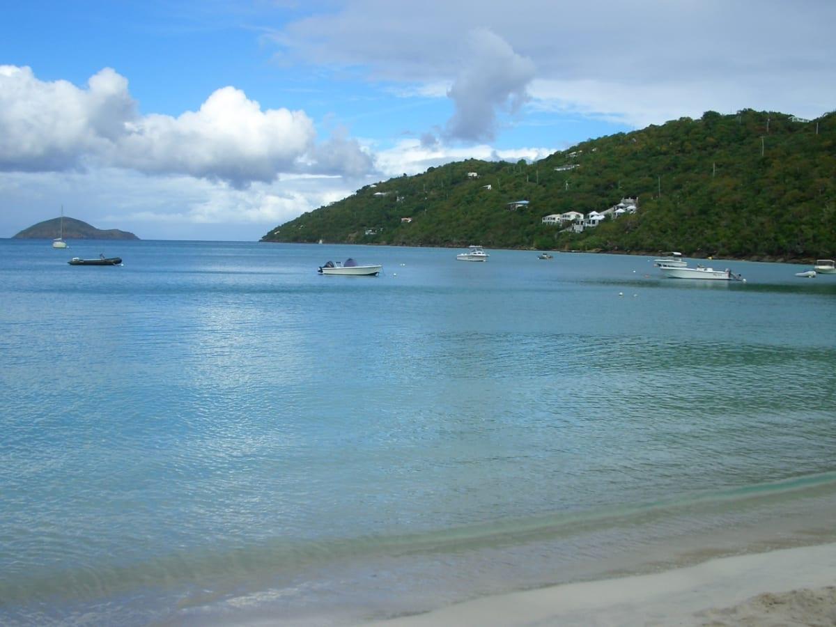 Megens Bayに来ました。 | シャーロット・アマリー(セント・トーマス島)