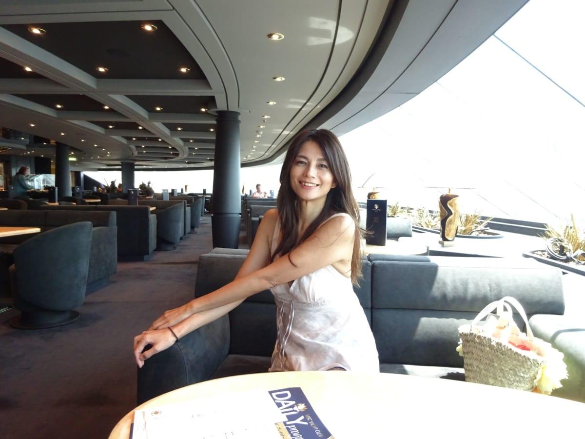 MSC Yacht Club 15F Top Sale Loungeはいつも空いていました     客船MSCプレチオーサの乗客、船内施設