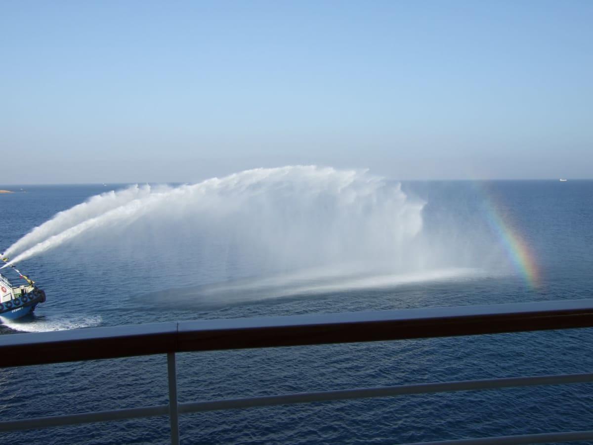Day4#チェシュメ#初寄港#歓迎放水#虹 | チェシュメ