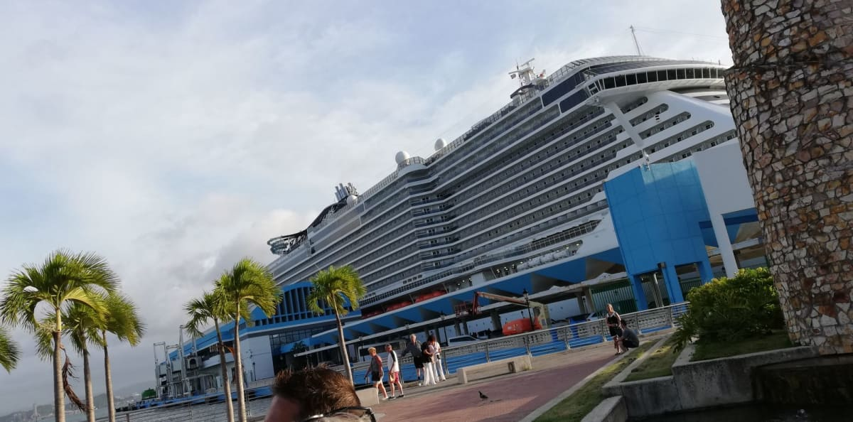 プエルトリコ港 | サンフアン(プエルトリコ島)での客船MSCシーサイド