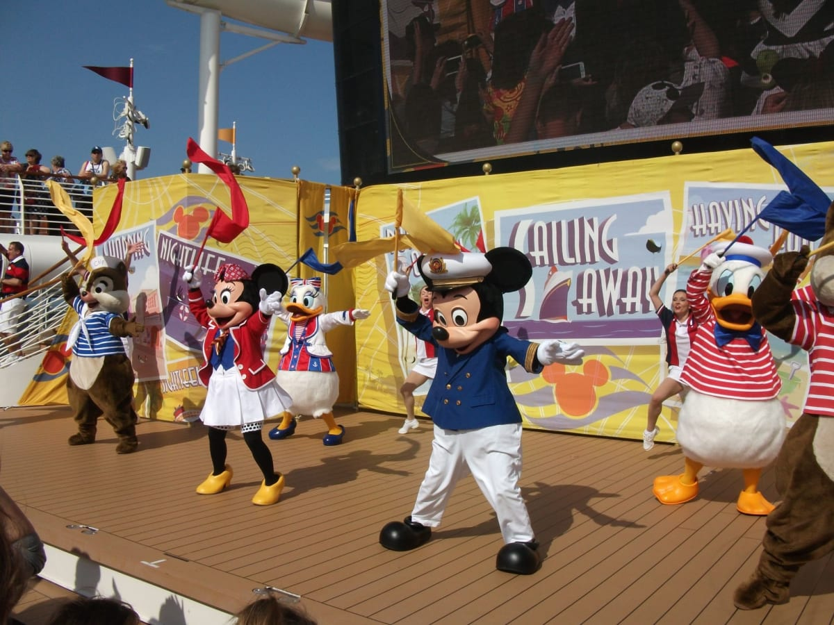 客船ディズニー・ドリームのアクティビティ、船内施設