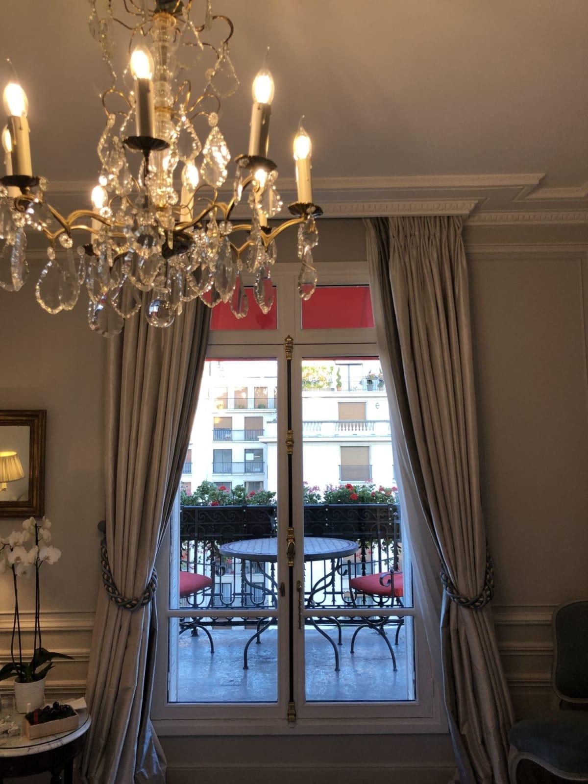 バルコニーが素敵です。 | パリ