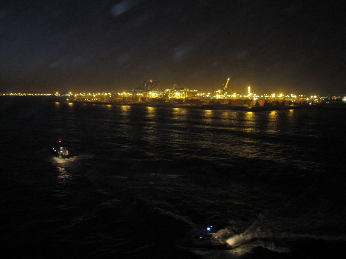 この時までは良かったがロスアンゼルスに戻る航路はすごく揺れて船酔い続出!ハリケーンに向かってましたから。ロスの街も大停電で大変だったようです。 | ロサンゼルス(サンペドロ / ロングビーチ)