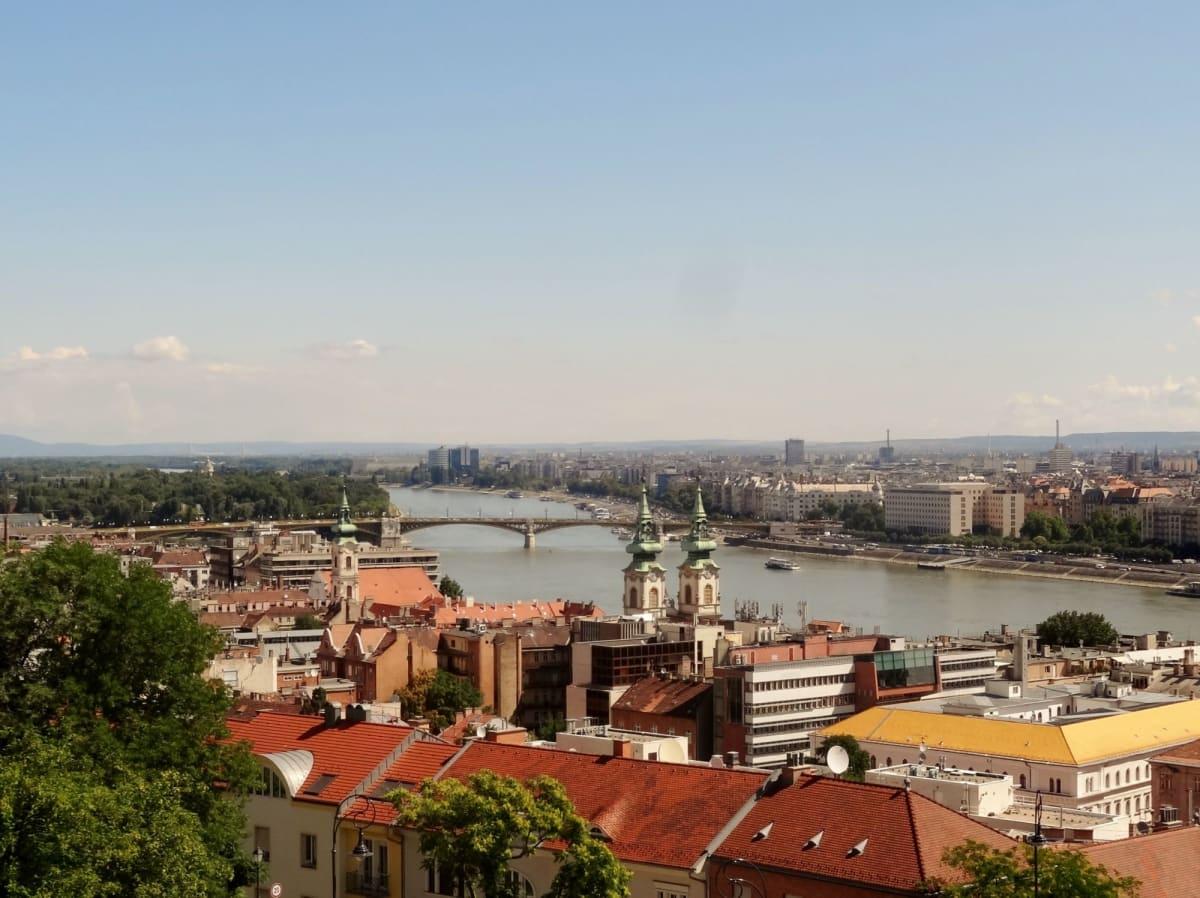 漁夫の砦から市街を一望   ブダペスト