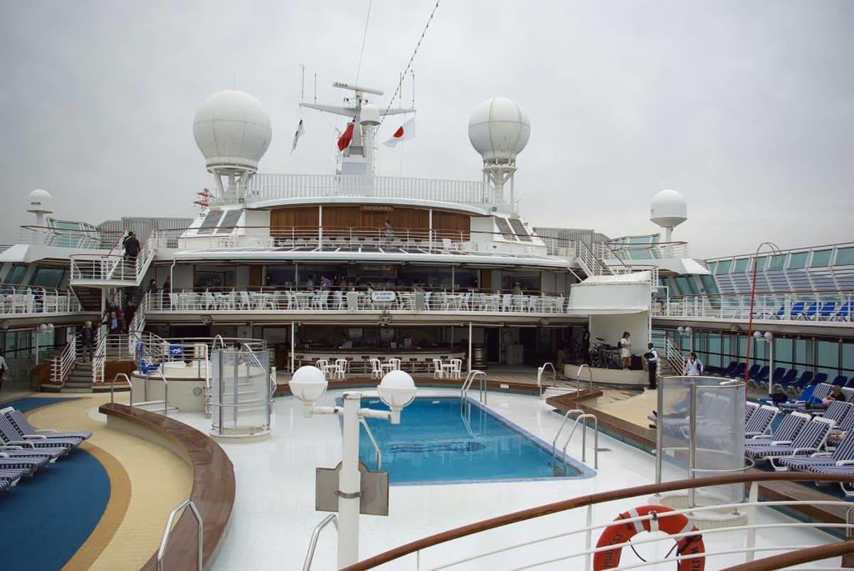 客船サン・プリンセスの船内施設