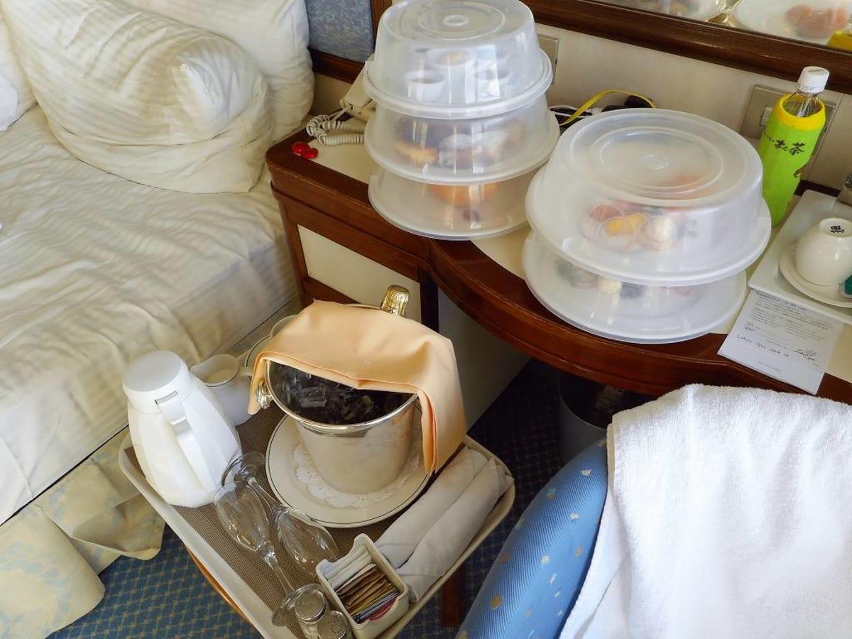 客船サン・プリンセスの客室、フード&ドリンク