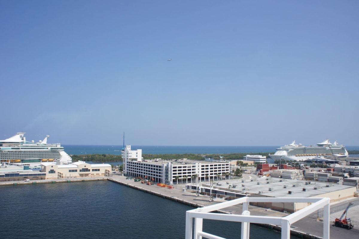 フォートローダーデールにはロイヤルカリビアンの船が集結 | フォートローダーデール(フロリダ州)でのロイヤル・カリビアン