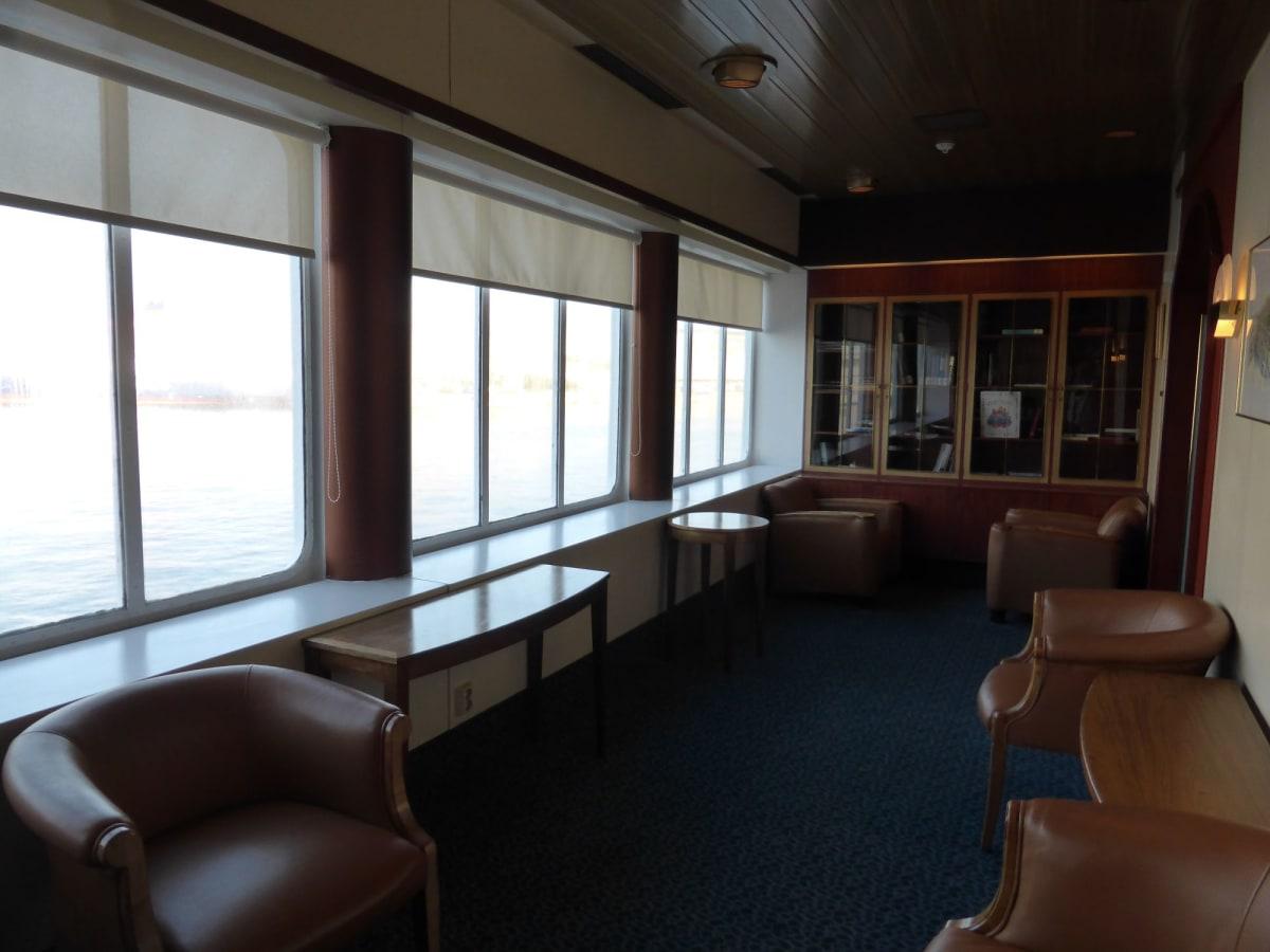 ライブラリー | 客船ルイス・オリンピアの船内施設