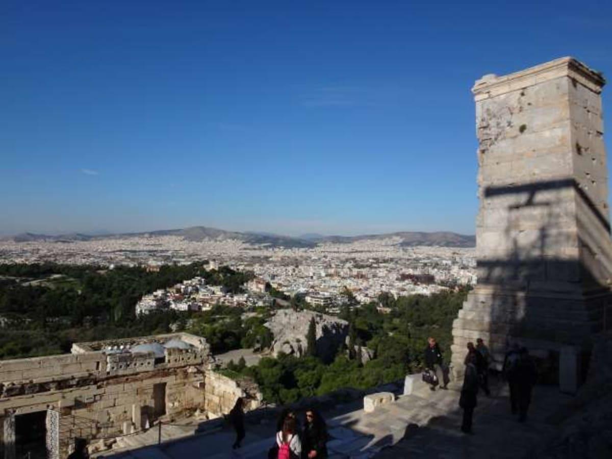ピレウス港到着。港からアテネ市街地までメトロで。 | ピレウス(アテネ)
