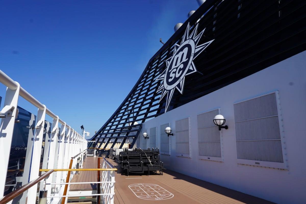 台風一過でお天気良し。   客船MSCスプレンディダの船内施設