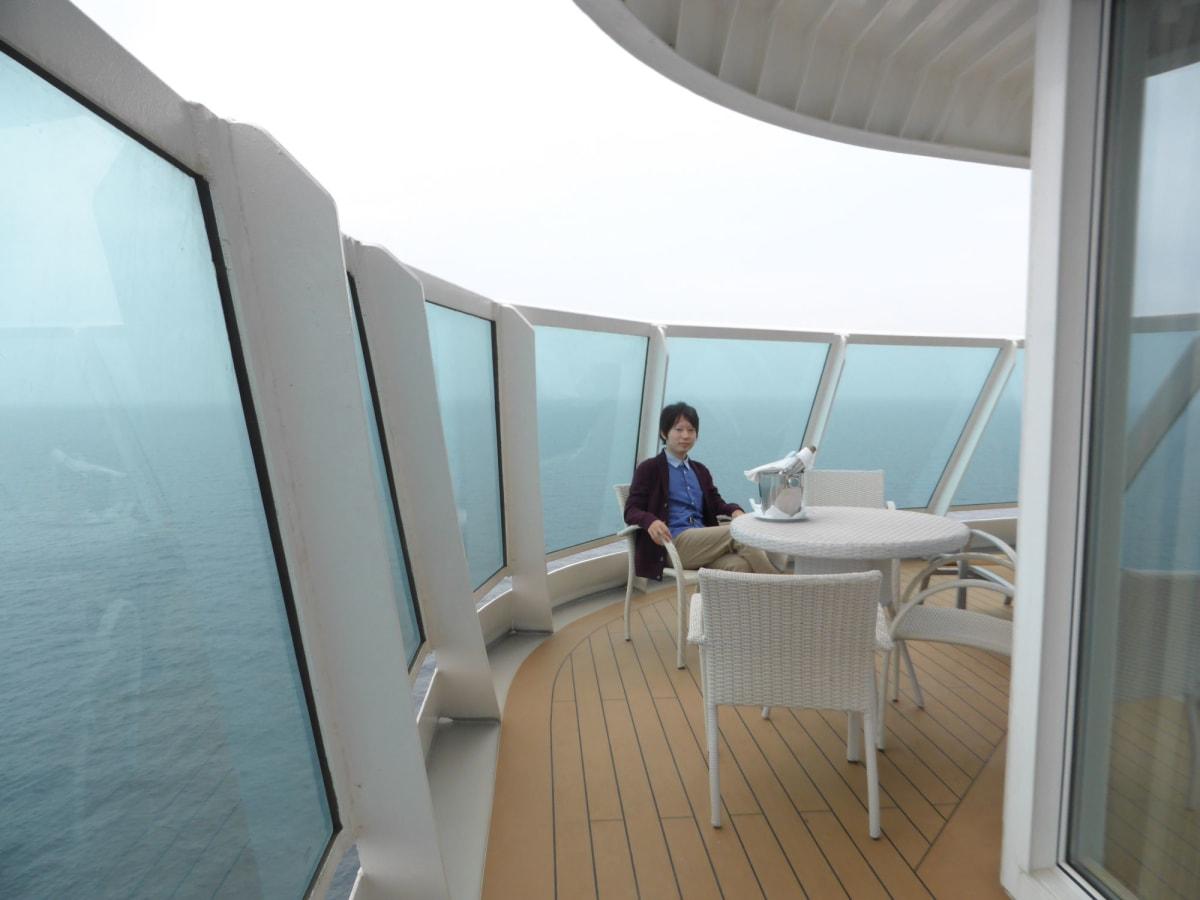 客船コスタ・ネオロマンチカの客室、乗客