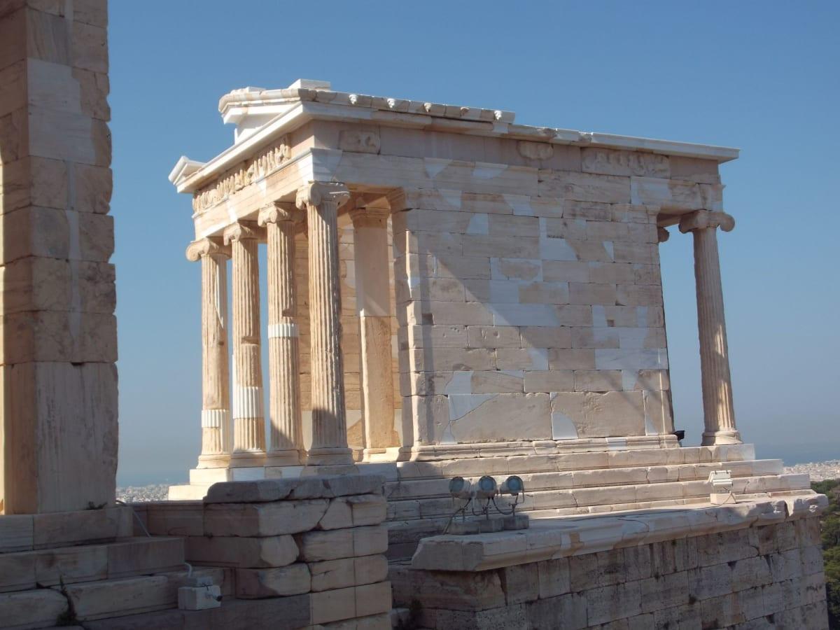 下船後のアテネ観光はアクロポリスのパルテノン神殿やオリンピックスタジアム等の定番観光