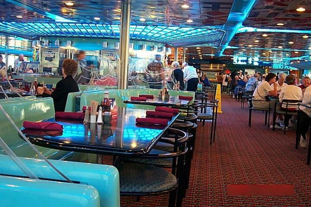 ビュッフェレストラン | 客船カーニバル・エクスタシーの船内施設