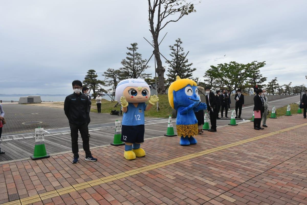 高松港で歓迎してくれたキャラクターです。