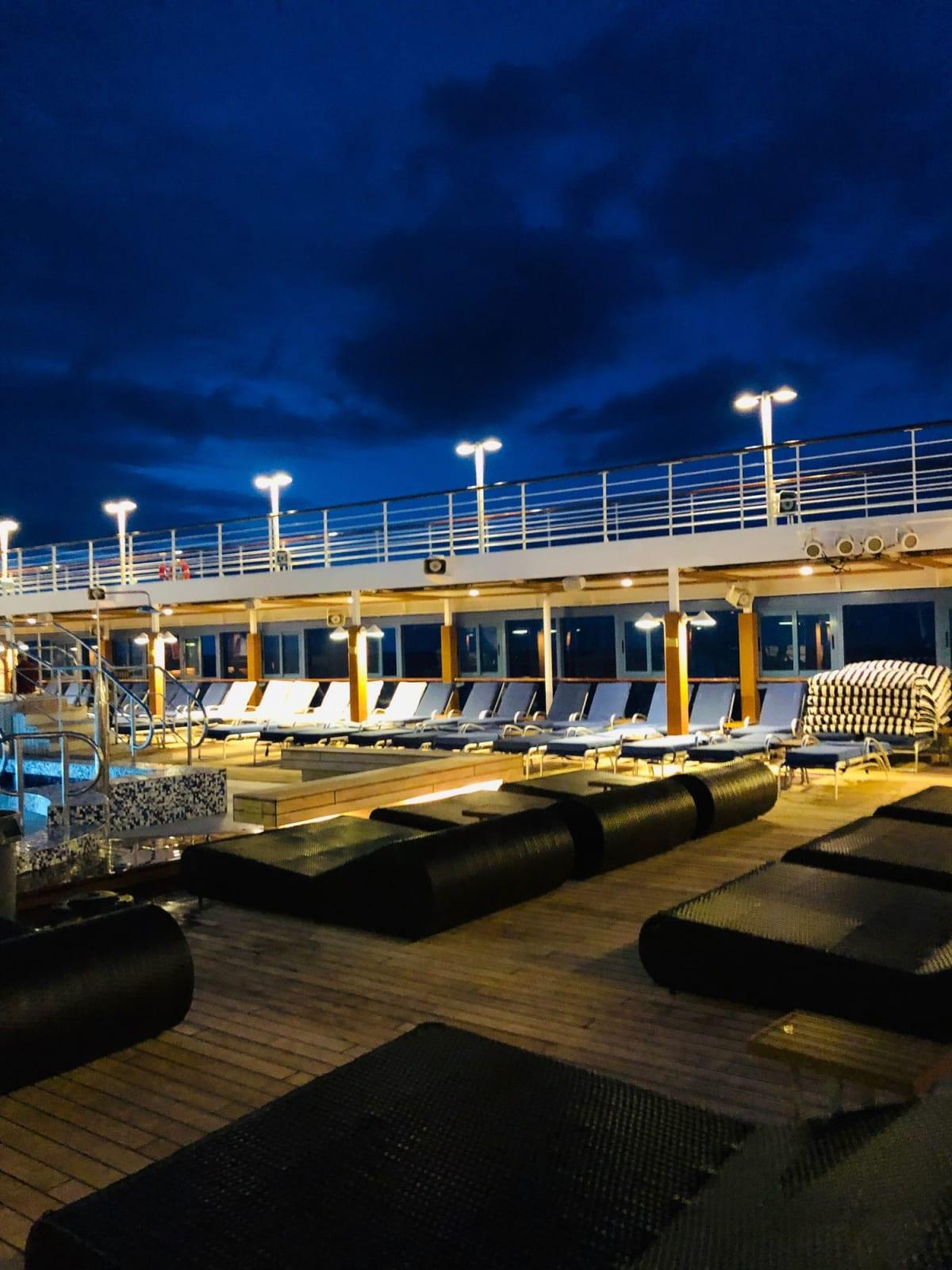客船レガッタの船内施設