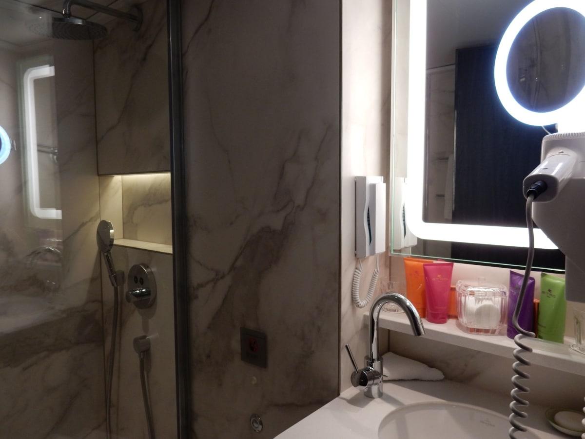 Day1#プチスイート#バスルーム   客船クリスタル・ドビュッシーの客室