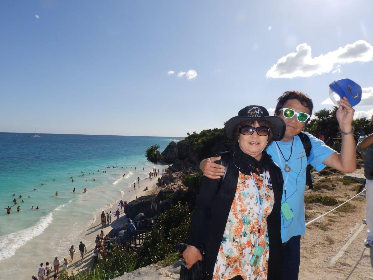 コスメルの遺跡裏には、2色のブルーの綺麗なカリブ海🏖️ 感激😭
