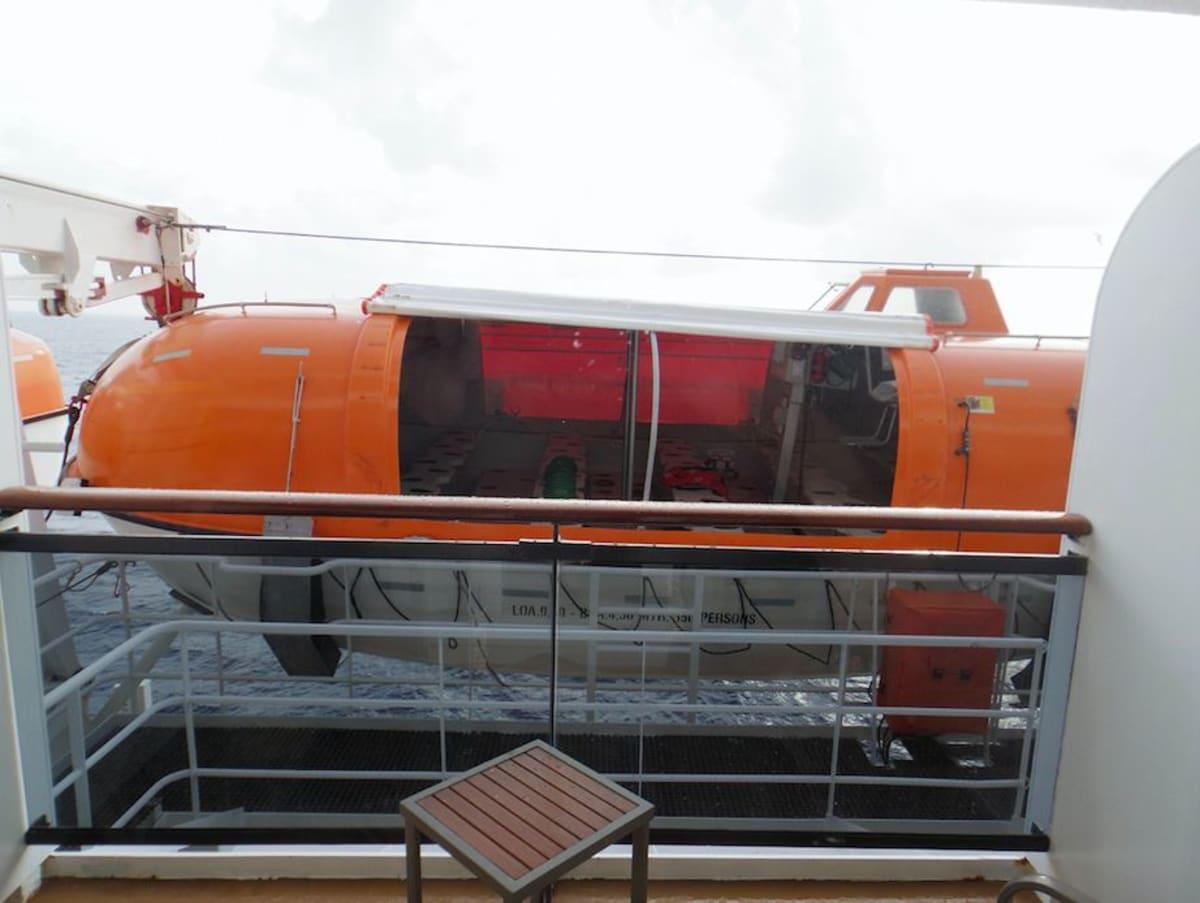 船室のベランダ | 客船クイーン・メリー2の客室、外観